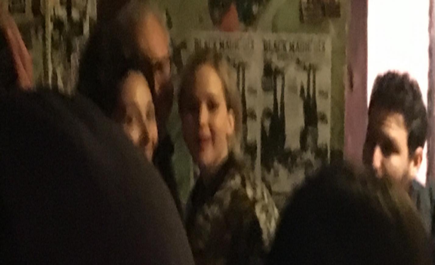 Jennifer Lawrence Budapest legfrankóbb kocsmájában bulizott