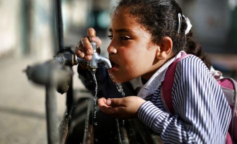 Fokváros: tengervizet inni só nélkül is rossz ötlet