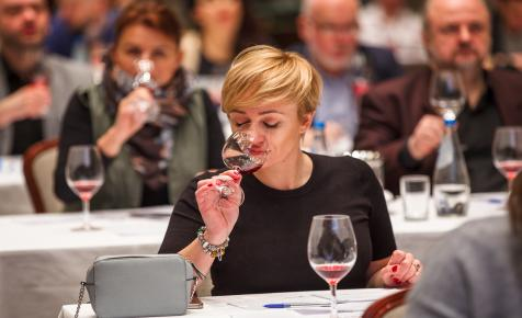 Nagy sikere volt Varsóban a magyar boroknak