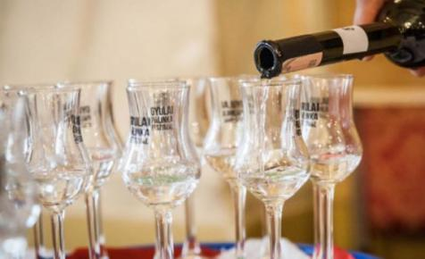Már készül a Kárpát-medencei nemzeti összetartozás itala – ők kapnak majd belőle