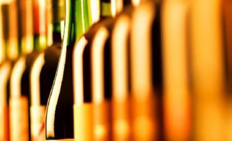 Peking kiütötte Brüsszelt: bor, mámor, Kína…