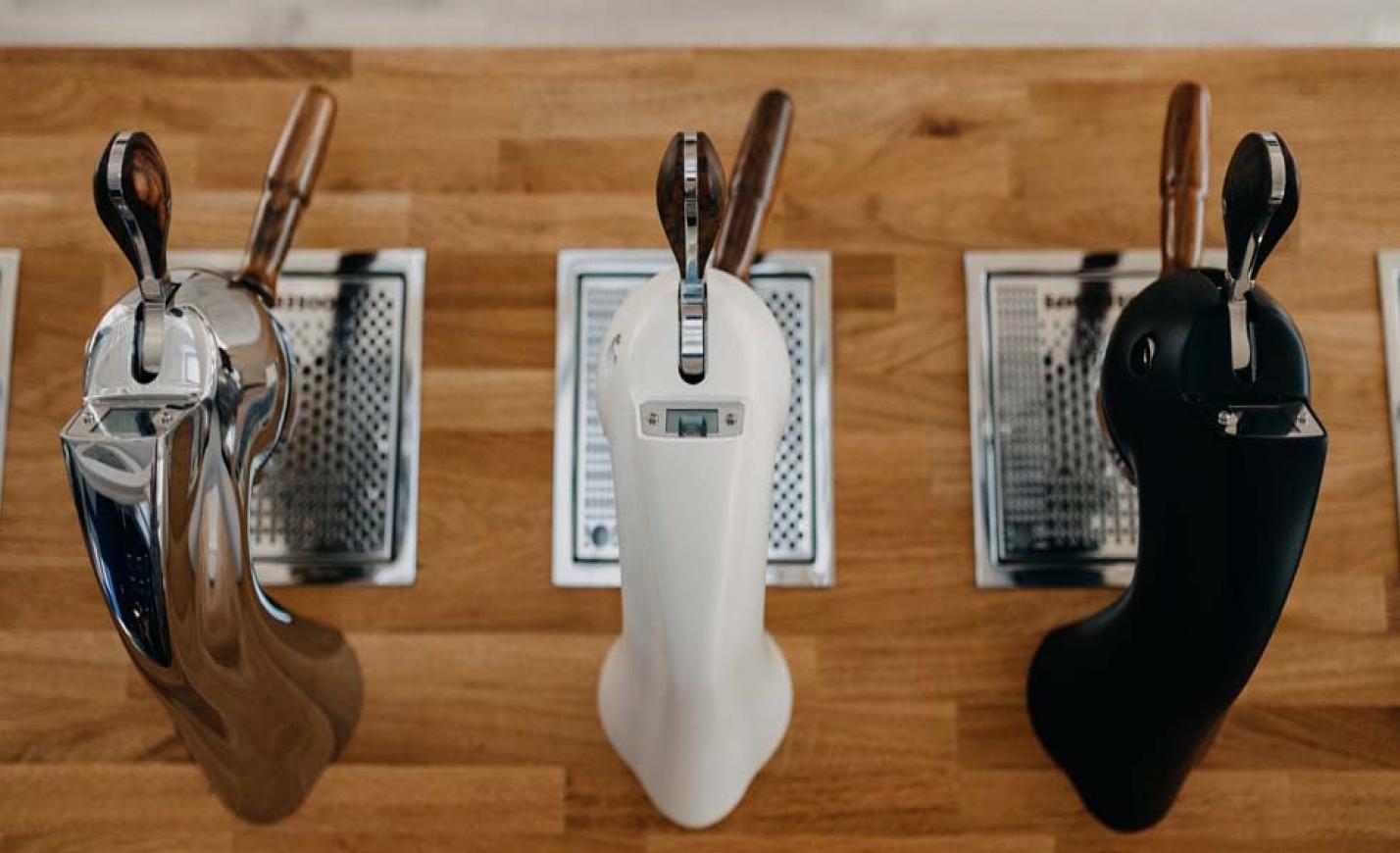 """""""Napi rutin helyett élmény a kávé, ha jó barista készíti. """"- interjú Huszár Ádámmal"""