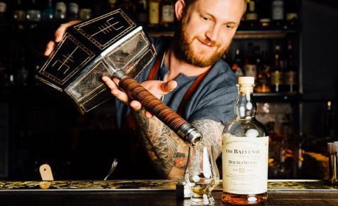 Thor kalapácsából alkohol folyik