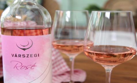 7 nap, 7 borász, 7 boros recept - Kóstold meg a Várszegi Rosé Cuvée-t!