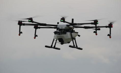 Drónos szobrokból nyílt kiállítás Budapesten