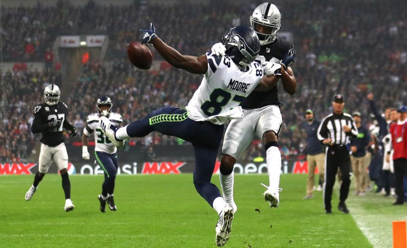 Az NFL azért nem győzhet a futball ellen, mert pénze van, de szíve nincs