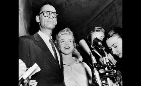 Elárverezik Marilyn Monroe zsidó imakönyvét