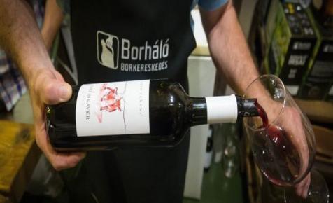 Így rázták fel a magyar borkereskedelmet