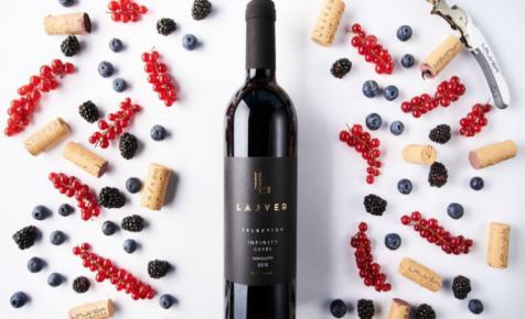 Minden napra egy vörösbor: Lajvér Borbirtok, Infinity 2015