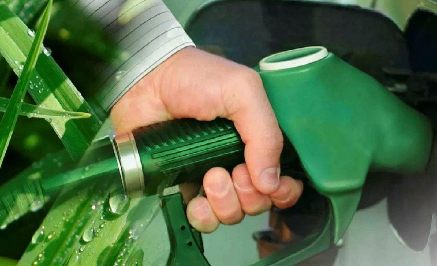 Most vagy soha: 10 százaléknyi etanolt minden benzinbe!