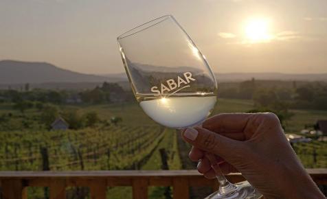 38 borászat több mint 160-féle borát kóstolhatjuk meg egyetlen estén