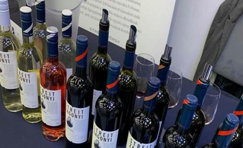 A legdrágább magyar száraz borokat is elvitték a Várkert Bazárba
