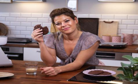 Ír krémlikőrös csupacsokis keksz Ide süss! Szandrától