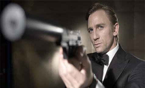 Jamaikában rakja a rendet James Bond – videó