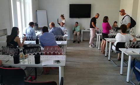 Elkezdődött a Winelovers 100 teszt - ÉLŐ