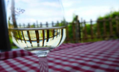 Nagyon olcsó a termelői bor