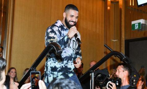 Drake egy régi Degrassi gimis fotójával nosztalgiázott