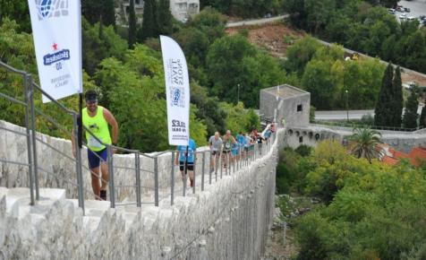Fusson maratont Európa leghosszabb várfalán!