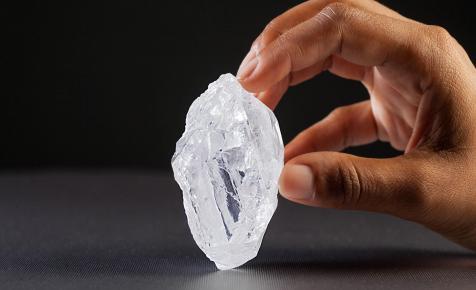 Megrogyott a gyémántipar legnagyobb óriása