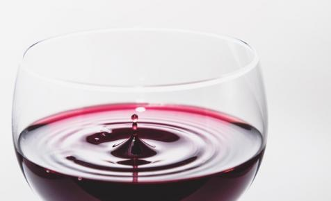 Száz évnél régebbi palackozott borokra bukkantak Lengyelországban