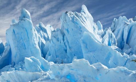 A szakértők sem tudják, miért olvad ilyen gyorsan a hatalmas gleccser