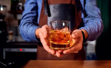 Elárverezik a világ legnagyobb whiskygyűjteményét