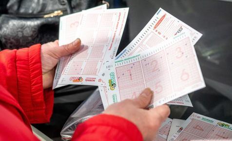 Mit tegyünk, hogy megnyerjük a lottóötöst?