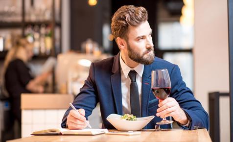 Tarts velünk a borok világában: webshop marketingest keresünk!