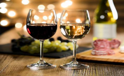 Kadarka, kékfrankos, rosé - tökéletes borok a húsvéti menühöz