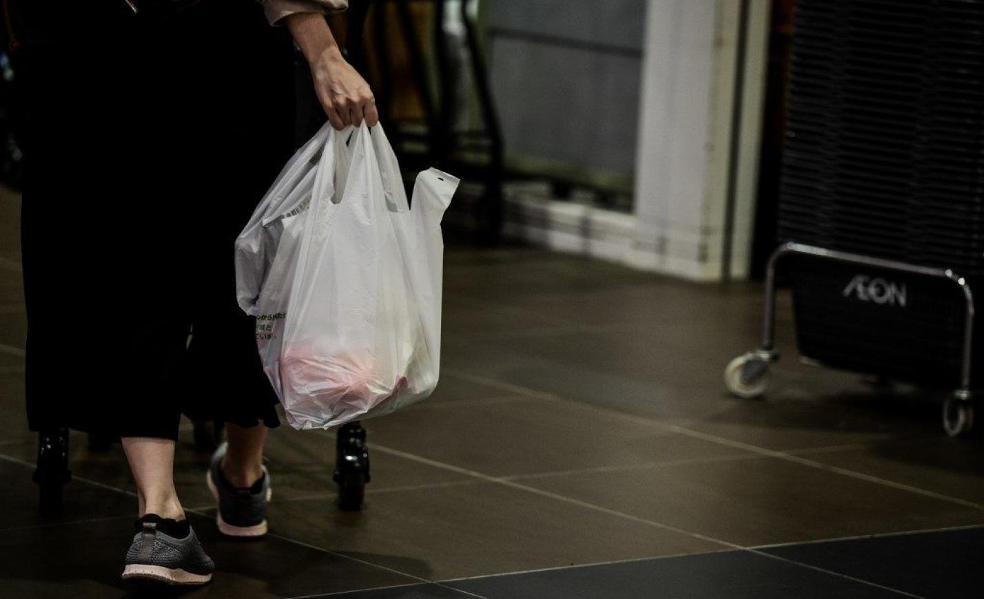 Visszavonta a kormány az egyszer használatos műanyag betiltásáról szóló törvényjavaslatot