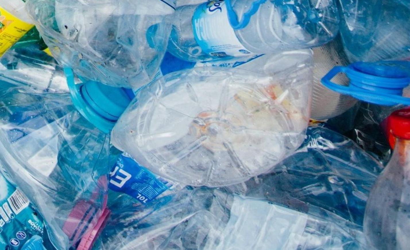 Áruházláncok a műanyag ellen