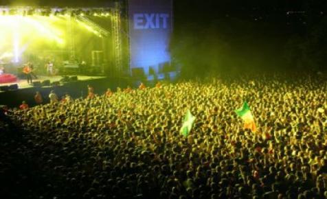 Minden szerbiai fesztivált lemondtak