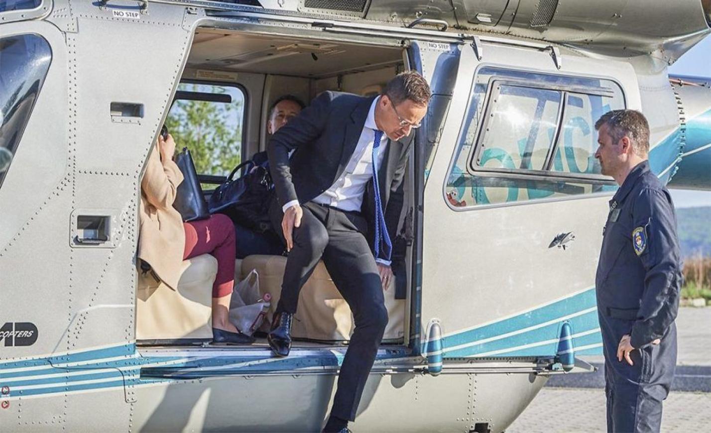 Kiderült, hányszor utazott rendőrségi helikopterrel Szijjártó idén