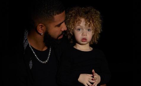 Nemrég derült ki, hogy Drake-nek van egy kétéves fia, akit most megint megmutatott