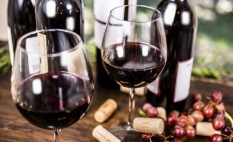 Koronavírus: több milliárd forintos program indult a magyar borászok megsegítésére