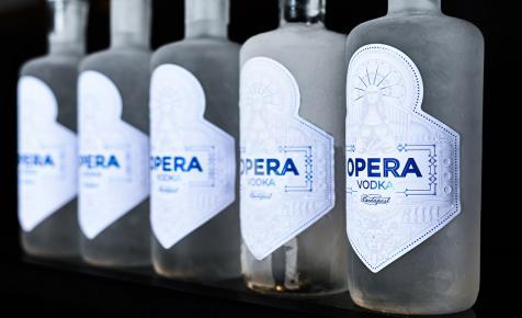 Az Opera Gin után itt az Opera Vodka