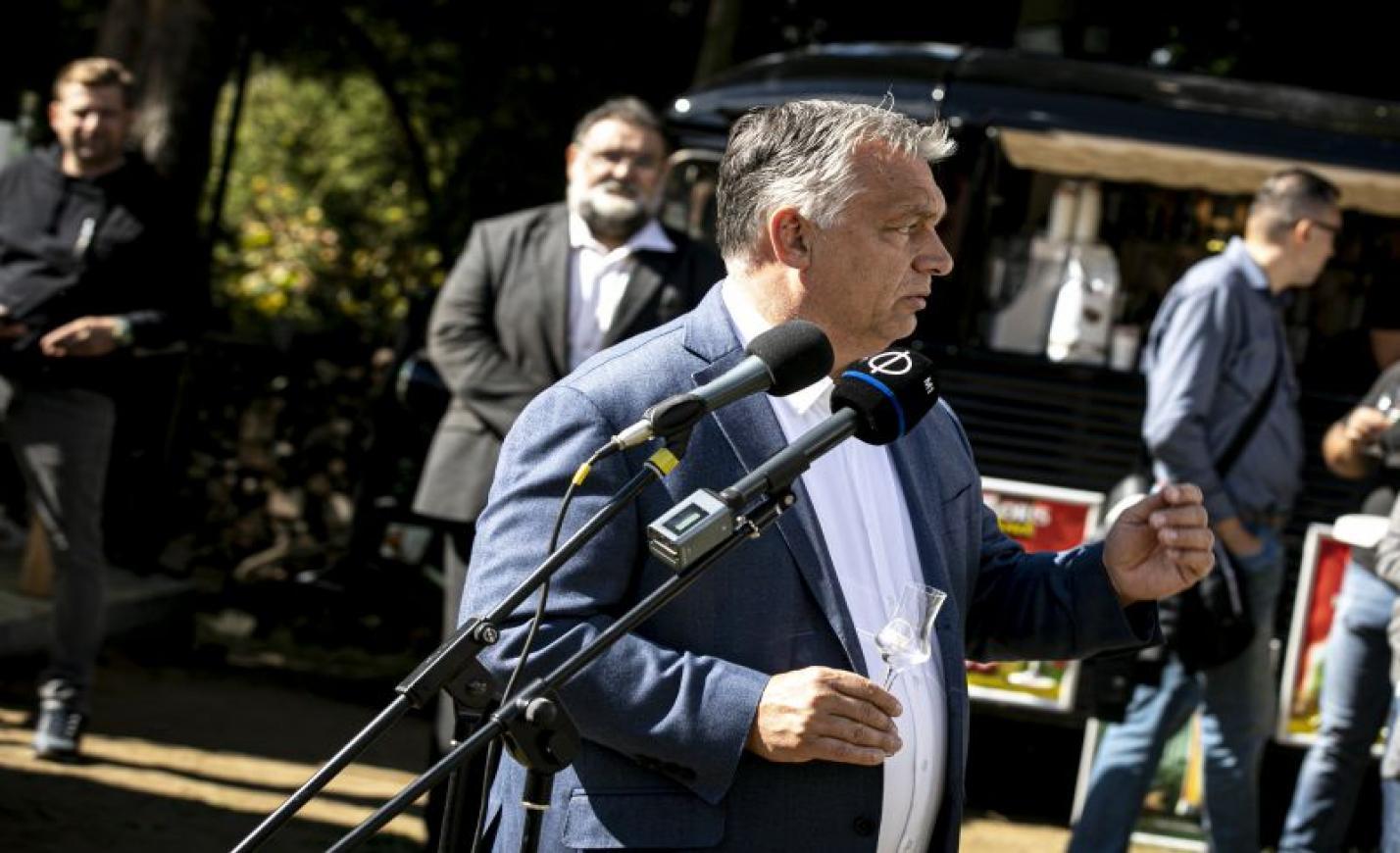 Orbán: a pálinka alapvető élelmiszer