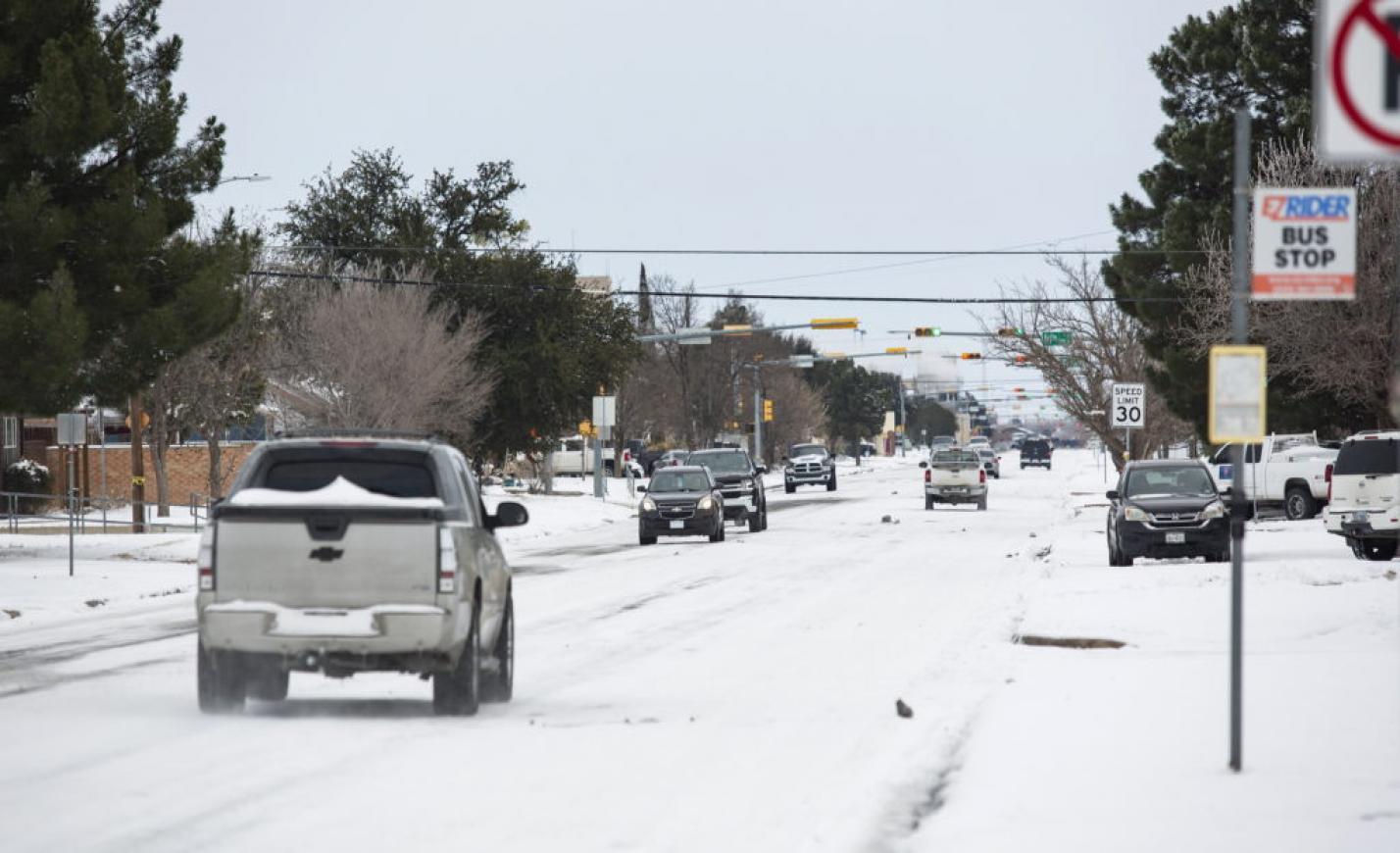 A hóviharok után vízhiány sújtja Texast, elfagytak a vízvezetékek