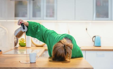 Álmosságot, koncentrációs zavarokat, teljesítménycsökkenést hozhat az óraátállítás