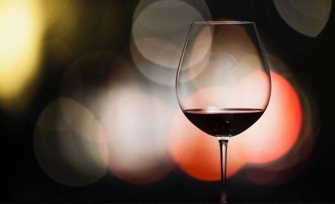 Kínára céloz a szekszárdi pincészet: rajonganak ezekért a magyar borokért Ázsiában