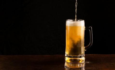 Új termékkel erősít a Borsodi: a napokban érkezik a boltokba a különleges sör