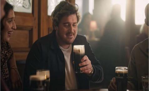 Angliában már minden egy korsó Guinnessre emlékezteti az embereket