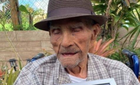 A világ legidősebb férfija elárulta, mi a hosszú és boldog élet kulcsa