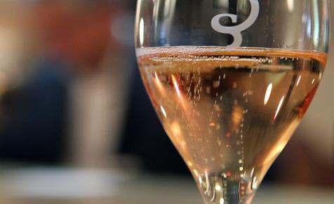 Putyin megpróbálja lefoglalni az orosz pezsgőknek a Champagne elnevezést