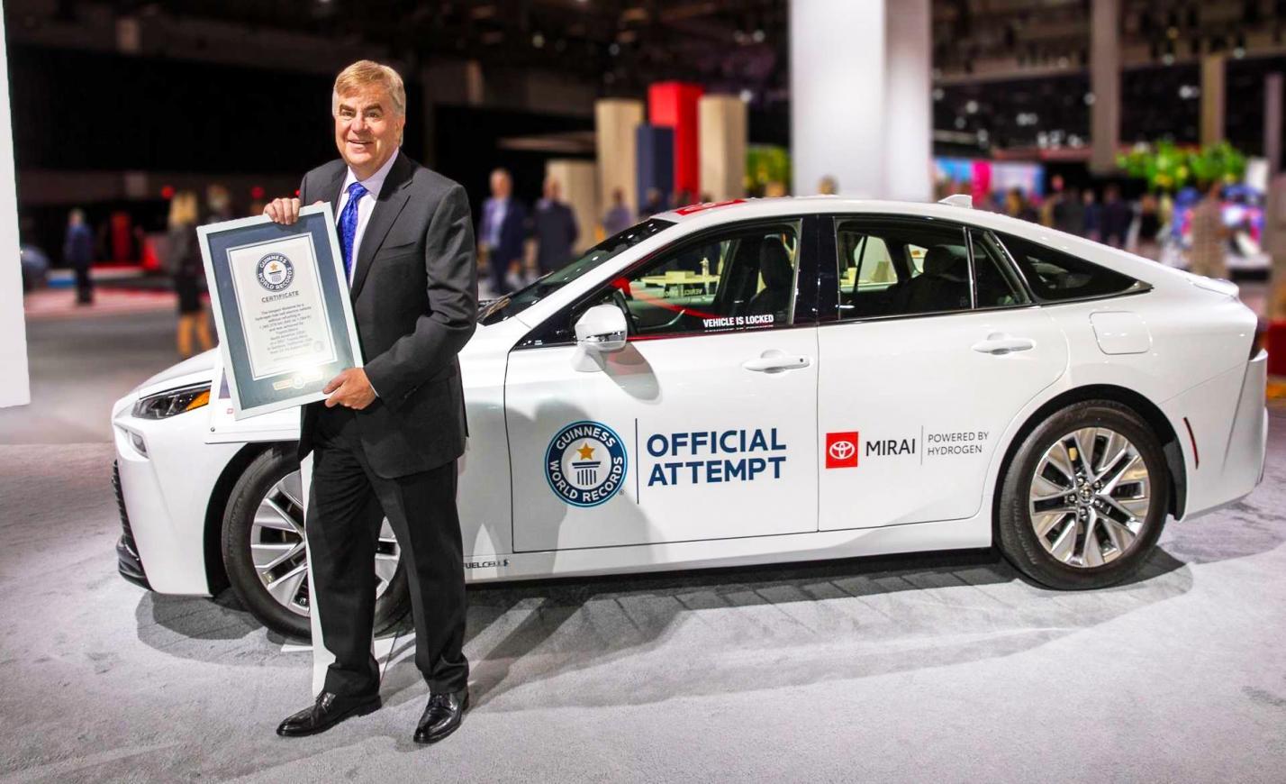 Bekerült a Guinness Világrekordok Könyvébe a Toyota Mirai